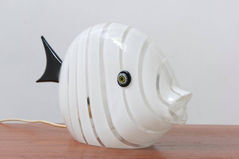Blown Glass Murano Mid-Century Modern Large Glass Fish Table Lamp, Italy, 1970s For Sale