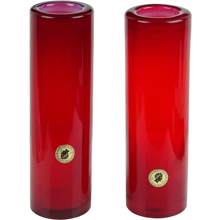 Murano Opalescent Red Italian Art Glass Round Cylinder Flower Vases with Labels In Good Condition For Sale In Kissimmee, FL