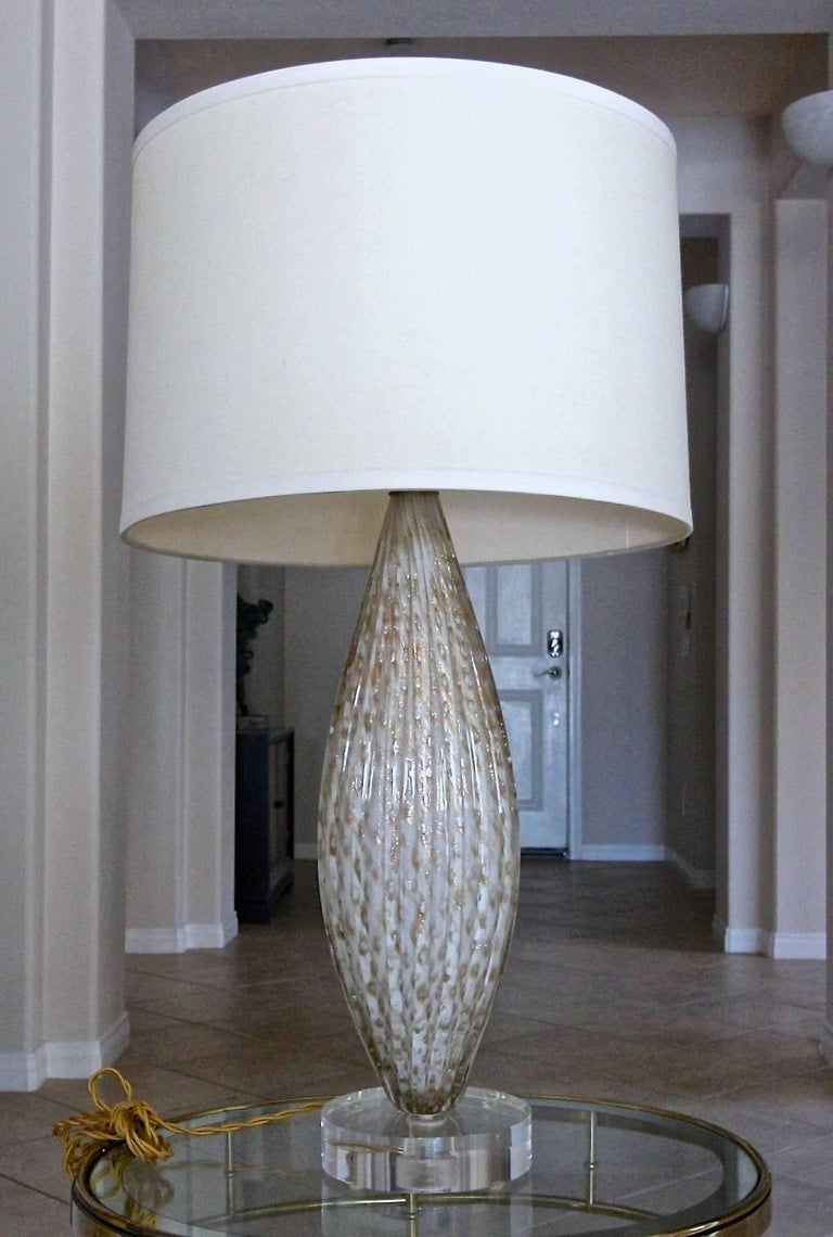 Murano Oval Glass White Aventurine Table Lamp For Sale 9