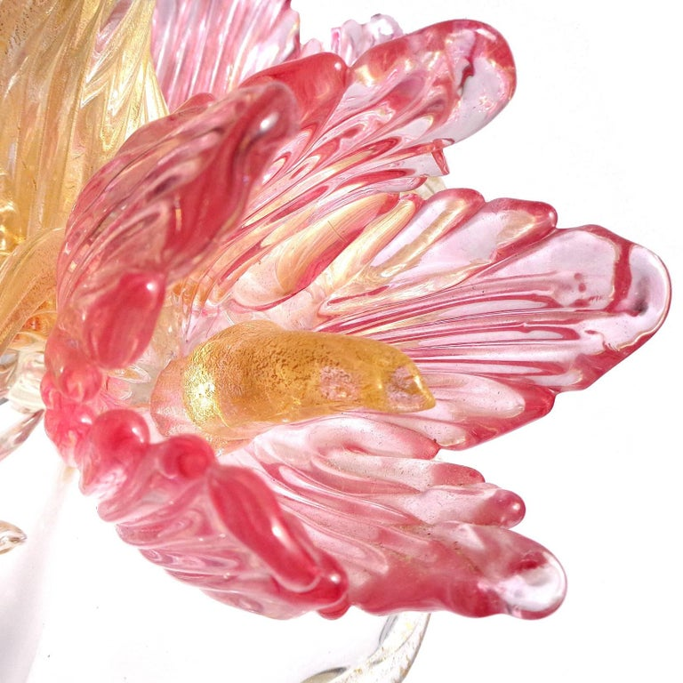 Hollywood Regency Murano Pink Flowers and Gold Flecks Italian Art Glass Centerpiece Sculpture For Sale