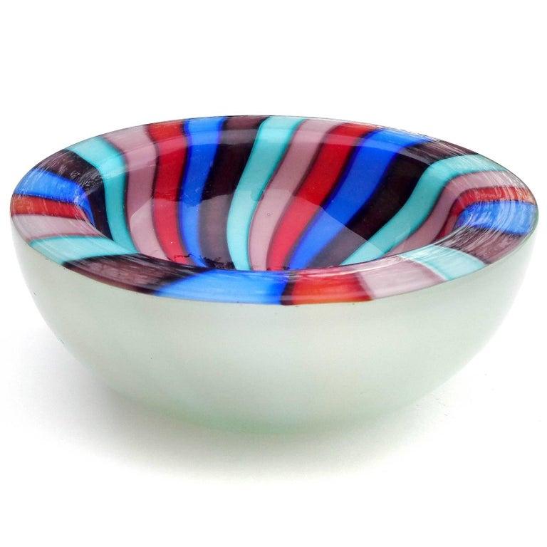 Mid-Century Modern Murano Rainbow Blue Red Pinwheel Stripes Italian Art Glass Decorative Dish Bowl