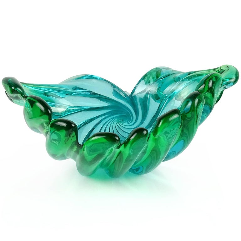 Murano Sommerso Blue Green Italian Art Glass Flared Seashell Sculpture Bowl In Good Condition For Sale In Kissimmee, FL