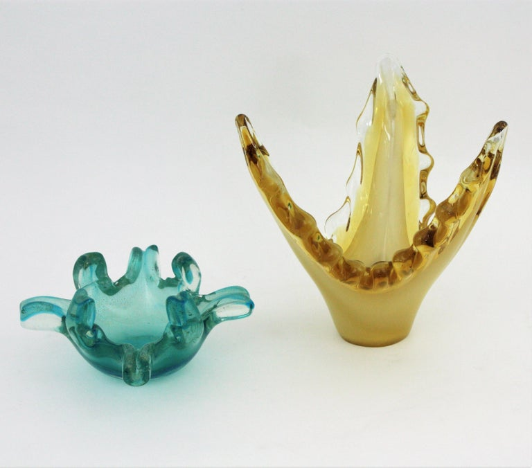 Mid-Century Modern Murano Sommerso Scalloped Centerpiece Vase in Yellow, Amber and Clear Glass For Sale
