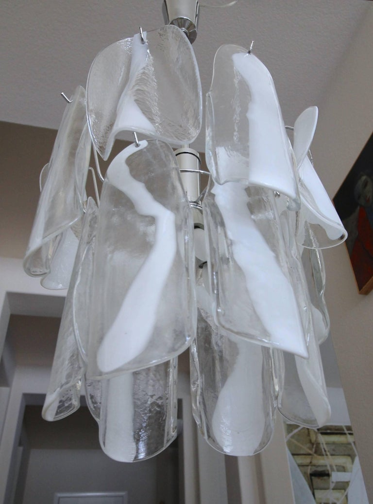 Murano Textured White Clear Glass Panel Chandelier by Mazzega For Sale 2