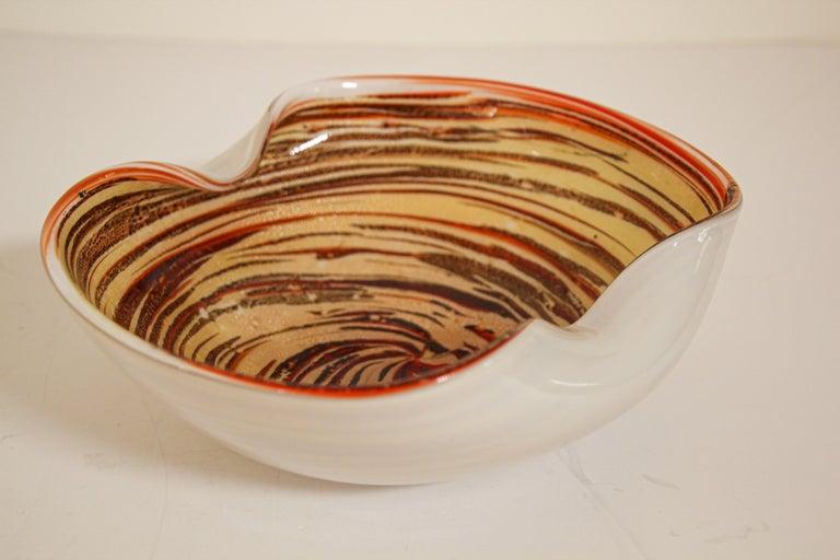 Murano Venetian Hand Blown Art Glass Ashtray by Alfredo Barbini For Sale 9