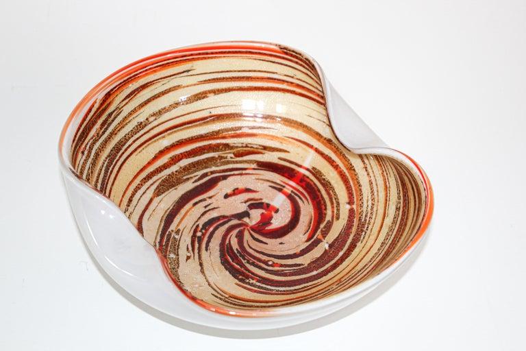 Large Alfredo Barbini gorgeous mid-20th century Italian Murano Venetian hand blown multi-colors art glass flower shaped bowl or ashtray. Sculptural organic open flower form rainbow colors and beautiful gold flecks decoration in aventurine
