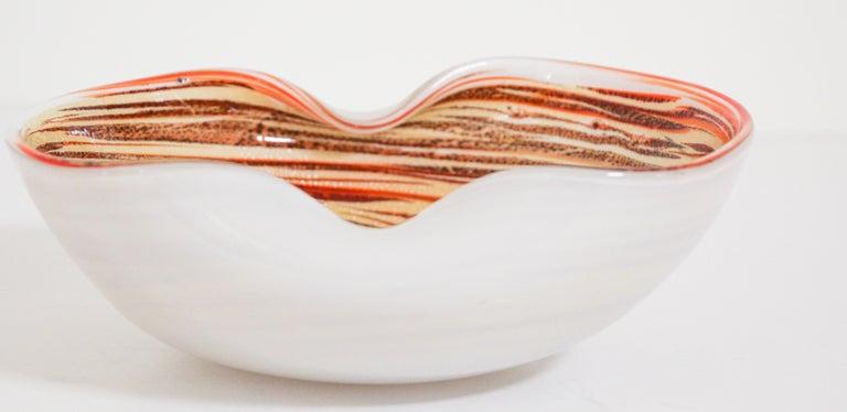 Murano Venetian Hand Blown Art Glass Ashtray by Alfredo Barbini For Sale 12