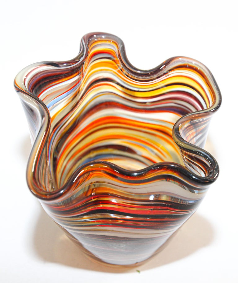 Murano Venetian Hand Blown Art Glass Vase In Good Condition For Sale In North Hollywood, CA