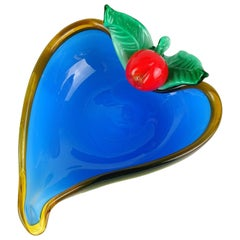 Murano White Blue Applied Cherry Italian Art Glass Heart Shape Dish Vide-Poche