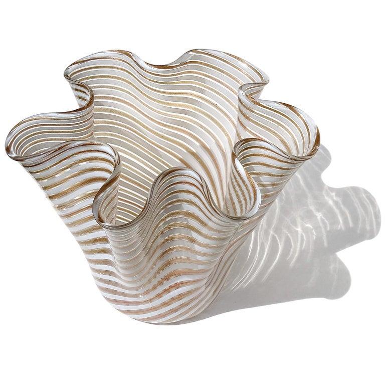 Mid-Century Modern Murano White Copper Aventurine Flecks Ribbons Italian Art Glass Fazzoletto Vase For Sale