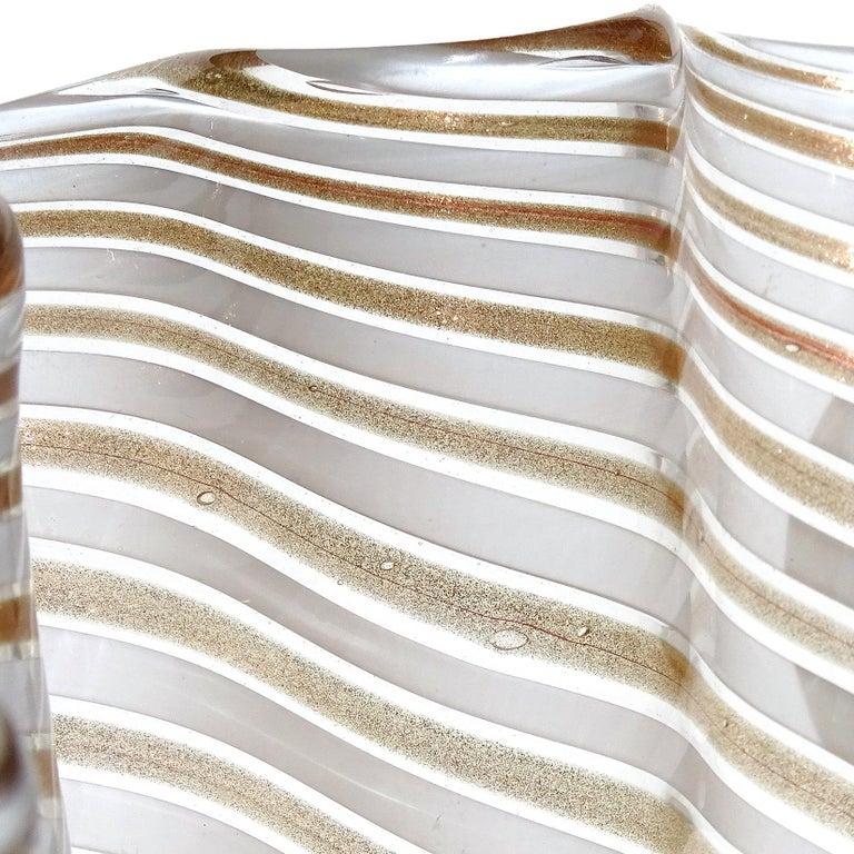 Murano White Copper Aventurine Flecks Ribbons Italian Art Glass Fazzoletto Vase In Good Condition For Sale In Kissimmee, FL