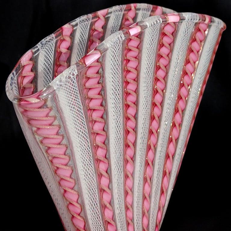 20th Century Murano White Pink Aventurine Ribbons Italian Art Glass Fan Shaped Flower Vase
