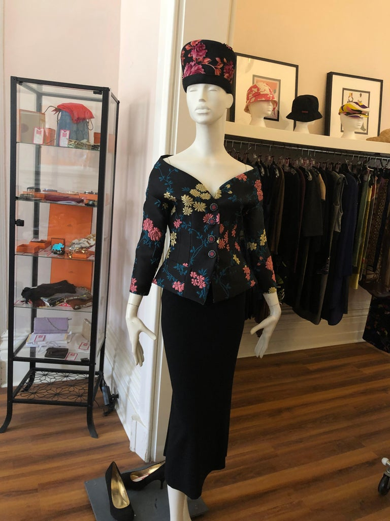 Museum Quality 1950s Schiaparelli Hat In Excellent Condition For Sale In Port Hope, ON