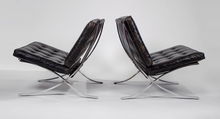 Museum Quality Ludwig Mies van der Rohe Barcelona Chairs with Table In Good Condition For Sale In Dallas, TX