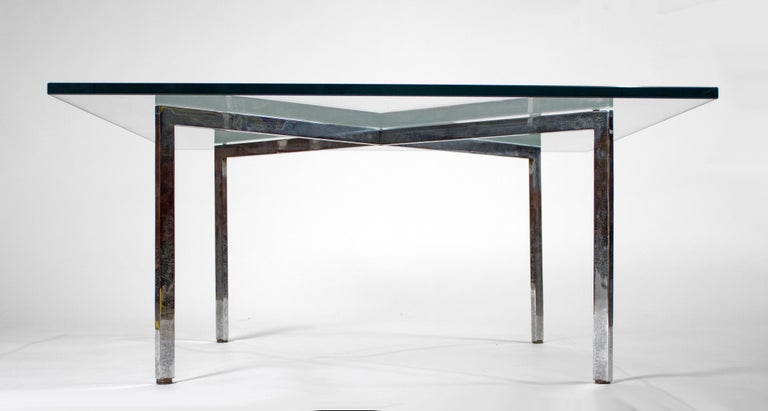 20th Century Museum Quality Ludwig Mies van der Rohe Barcelona Chairs with Table For Sale