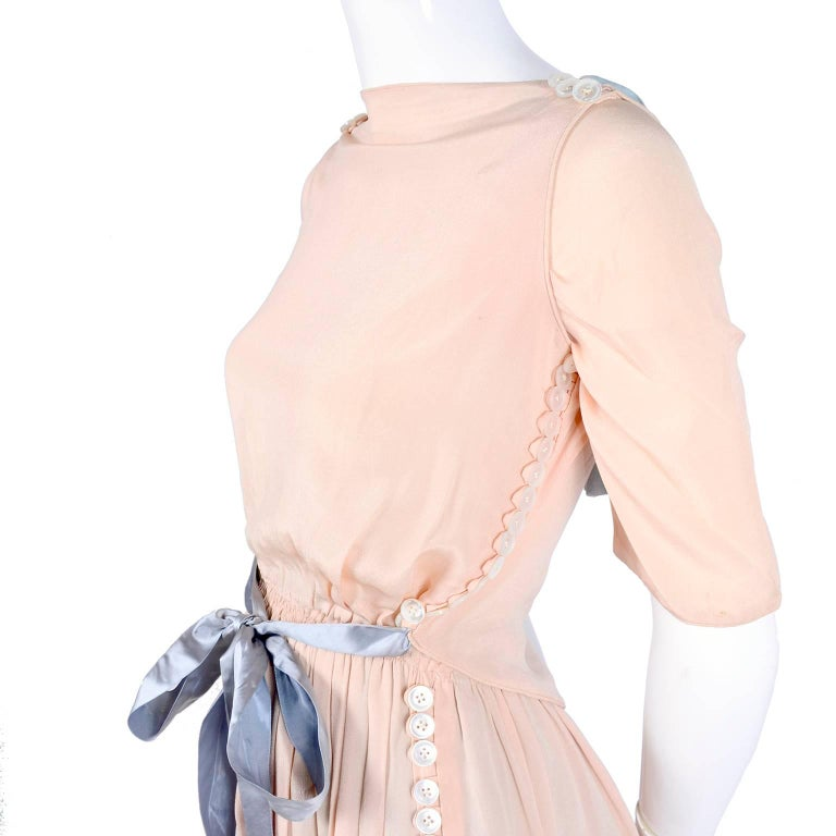 Harry Collins Vintage Blue and Pink Edwardian Dress with Mother of Pearl buttons For Sale 6