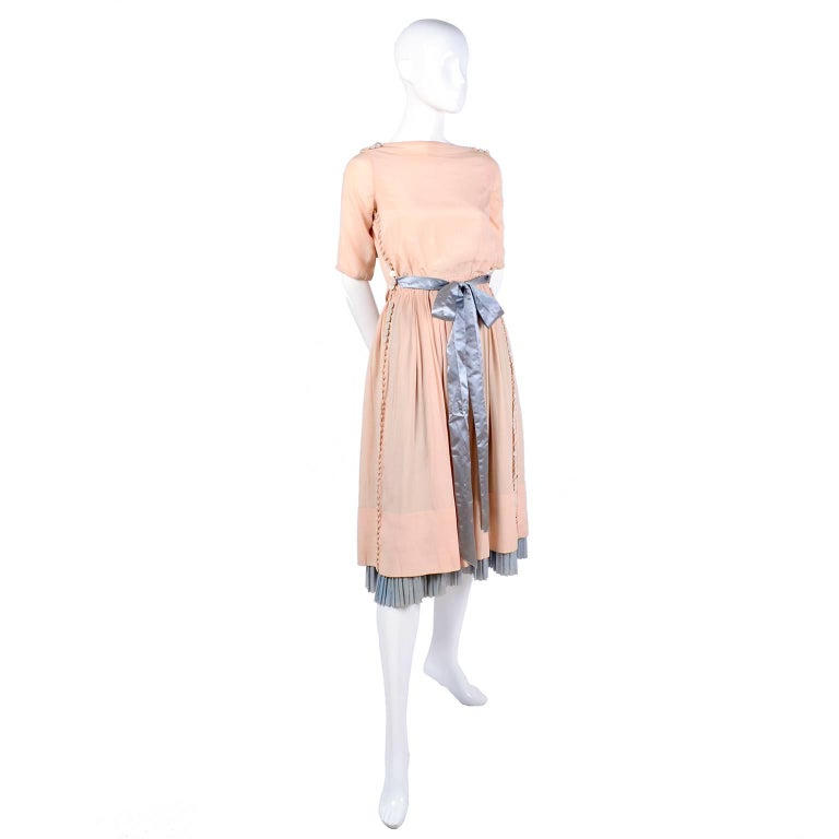 Harry Collins Vintage Blue and Pink Edwardian Dress with Mother of Pearl buttons For Sale 7