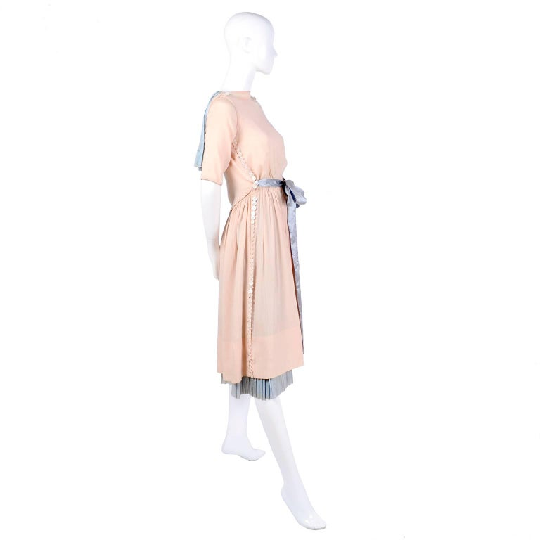 Harry Collins Vintage Blue and Pink Edwardian Dress with Mother of Pearl buttons For Sale 8