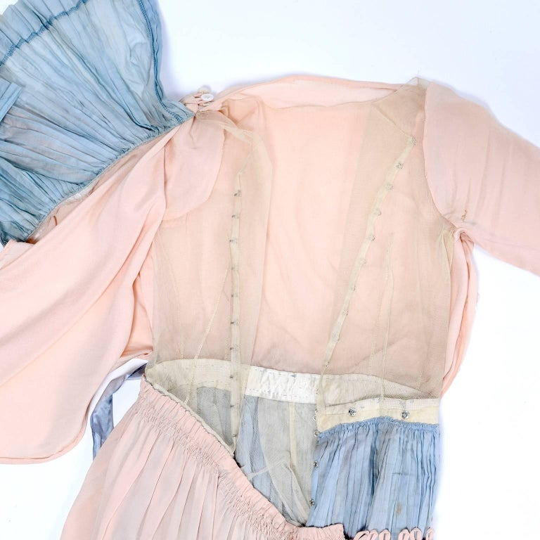 Harry Collins Vintage Blue and Pink Edwardian Dress with Mother of Pearl buttons For Sale 11