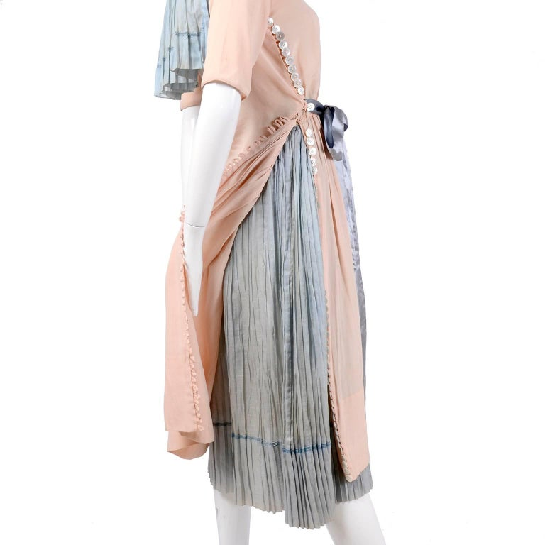 This very rare museum worthy vintage dress was designed by renowned American fashion designer Harry Collins in the 1910's.  Harry Collins was one of the first American designers who brought high fashion to the US and he helped shape the style of the