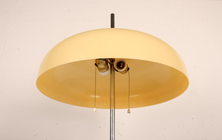 Mushroom Floor Lamp with Tulip Base Designed by A. Blanc for Tramo, Spain 1968 For Sale 2