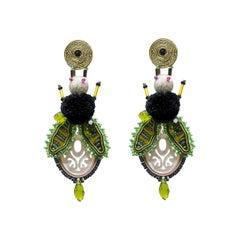 Musula Afrikania Savanah Fly Green Soutache Earrings w/silver closure