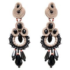 Musula Opulentia White Delirium Soutache Earrings with  silver closure