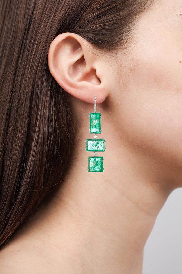 Muzo Emerald Colombia Emerald White Diamonds 18K White Gold Drop Earrings In New Condition For Sale In New York, NY