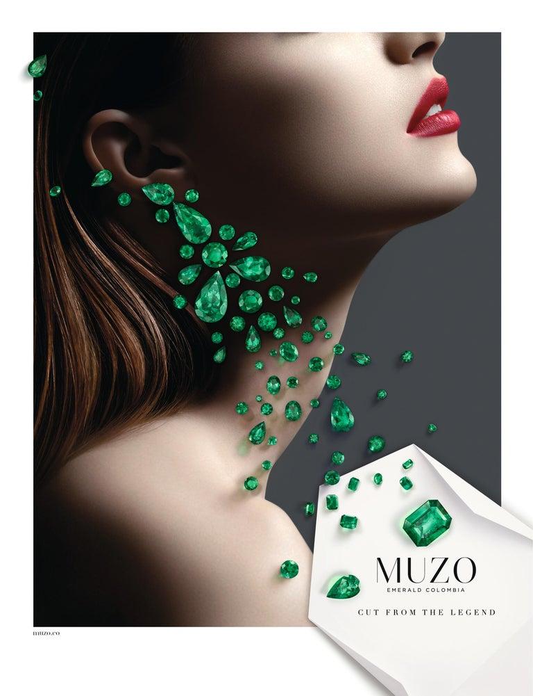 Round Cut Muzo Emerald Colombia White Diamonds 18K White Gold Renaissance Pendant Necklace For Sale