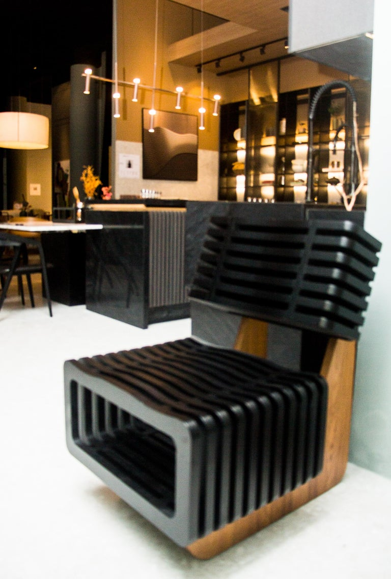The N4 armchair parametric version is a successful exercise of creativity. Its unique design ensures N4's leading role in any space.