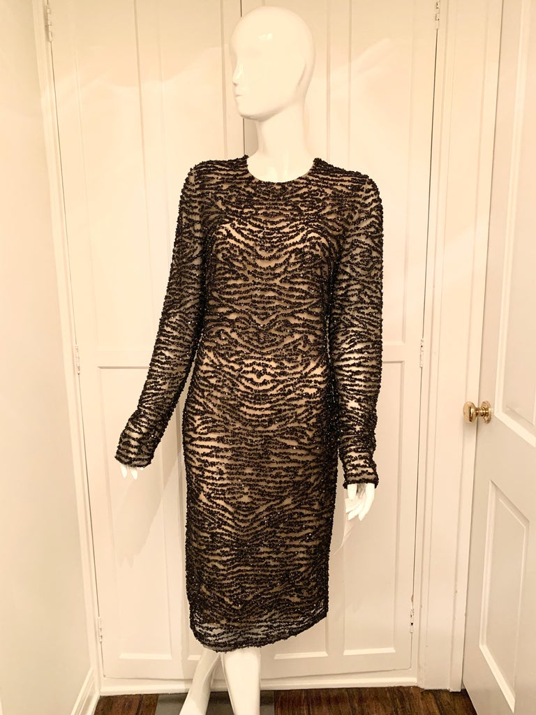 Naeem Khan Black and Cream Beaded Long Sleeve Beaded Cocktail Dress  In New Condition For Sale In Los Angeles, CA