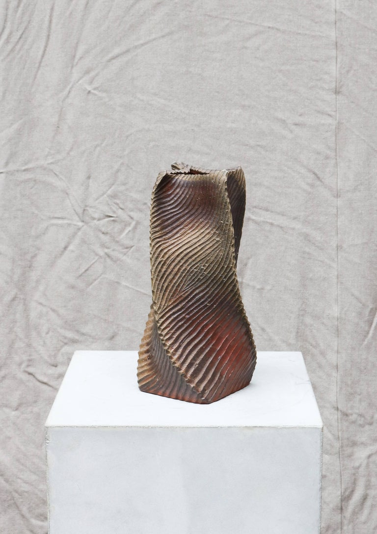Bizen stoneware-vase from 1965 by the Japanese sculptor, Nakano Tomomasa. Bizen ware is a type of Japanese pottery traditionally from Bizen province, presently a part of Okayama prefecture in Japan.