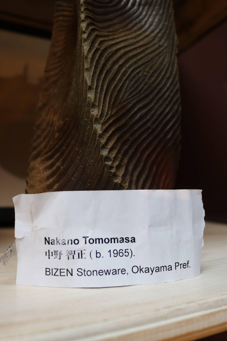 Nakano Tomomasa Bizen Stoneware Vase from the Okayama Prefecture In Distressed Condition For Sale In Copenhagen, DK