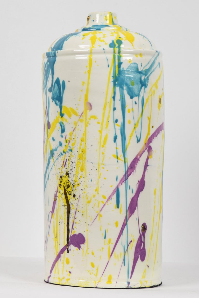 Porcelain spray can sculpture with gold by contemporary ceramicist Nam Tran - Pop Art Sculpture by Nam Tran