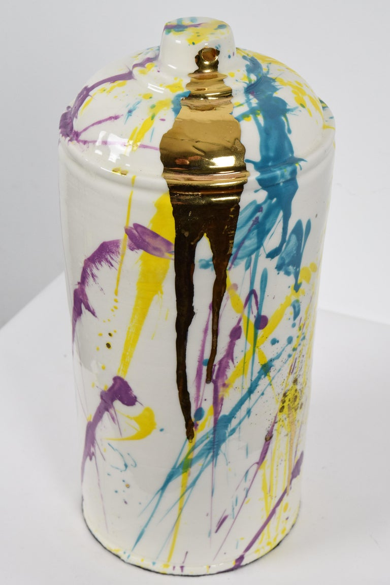 Porcelain spray can sculpture with gold by contemporary ceramicist Nam Tran For Sale 1