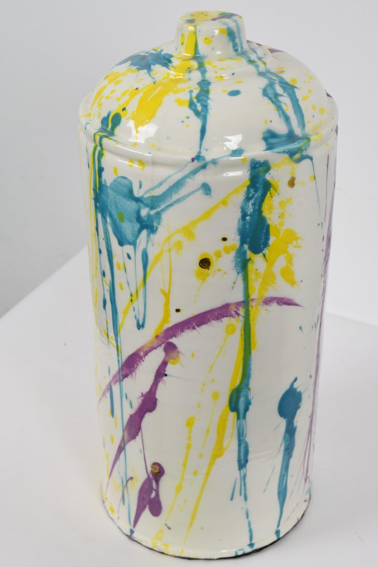 Porcelain spray can sculpture with gold by contemporary ceramicist Nam Tran For Sale 3