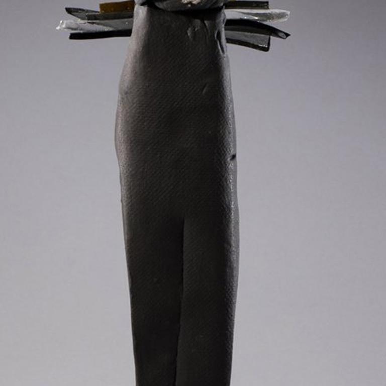 Nori (Japanese, Tradition) - Contemporary Sculpture by Nancy Legge