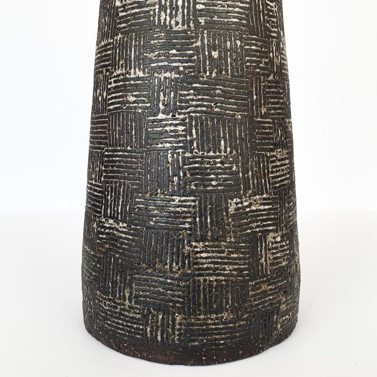 Nancy Wickham Textured Ceramic Table Lamp For Sale 5