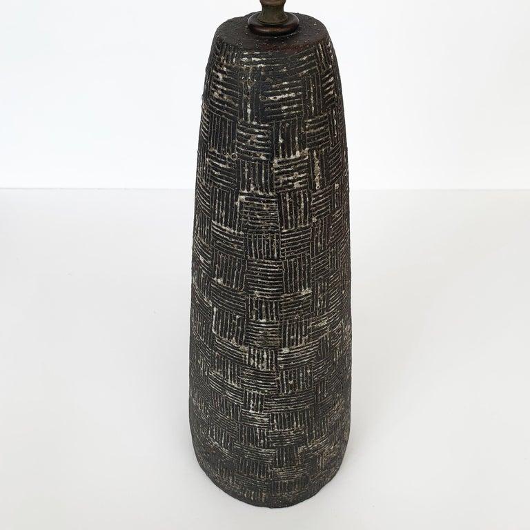 Nancy Wickham Textured Ceramic Table Lamp For Sale 6