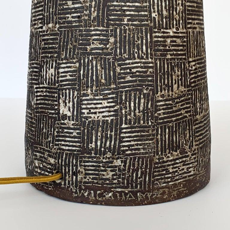 Nancy Wickham Textured Ceramic Table Lamp For Sale 1
