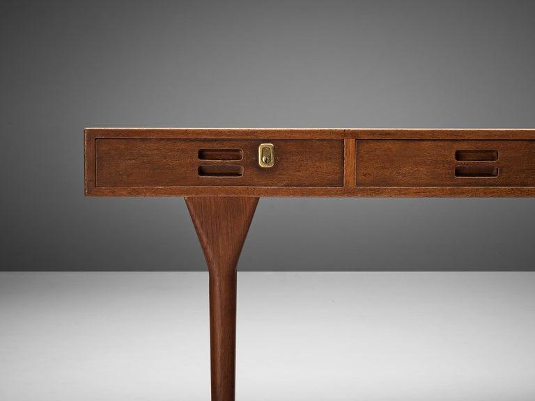 Nanna Ditzel for Søren Willadsen Møbelfabrik Desk 'ND 93' in Teak For Sale 1