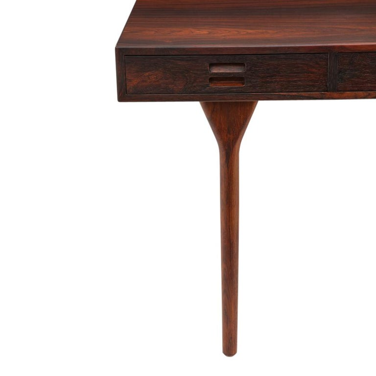 Nanna Ditzel & Jorgen Ditzel Rosewood Four Drawer Desk, Denmark, 1950s In Excellent Condition For Sale In New York, NY