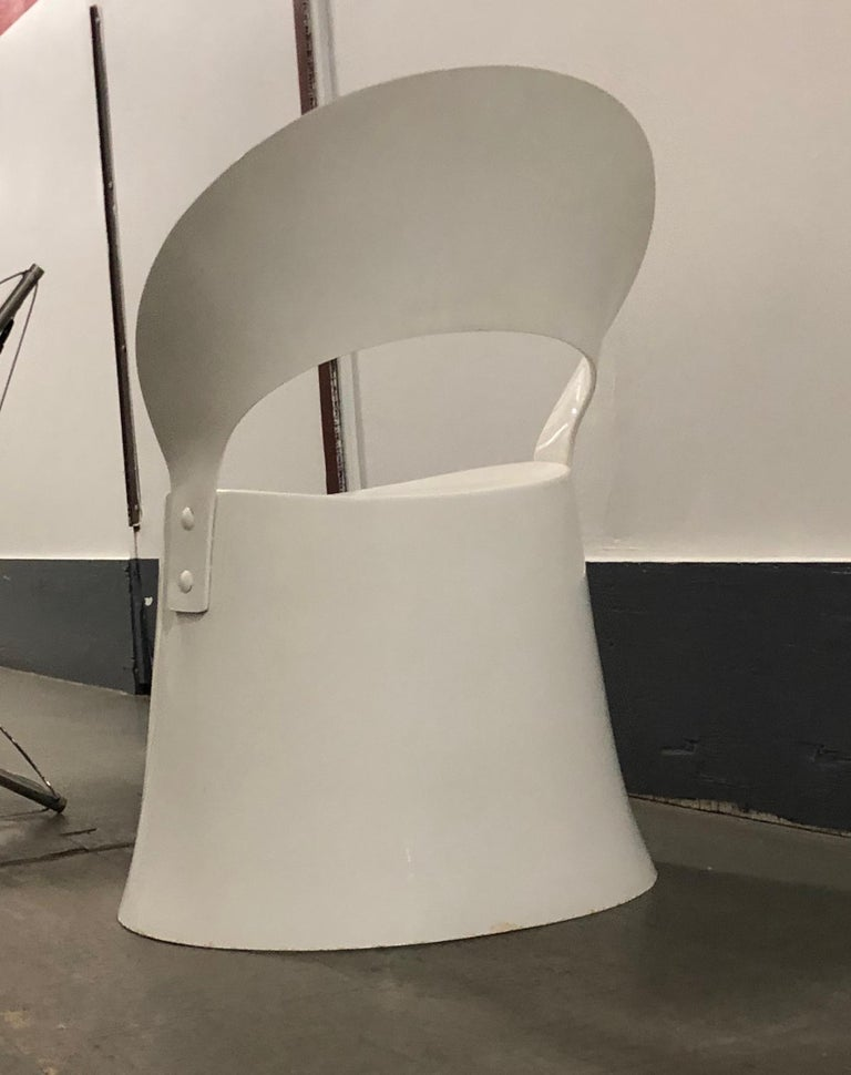 Nanna Ditzel Mid-Century Danish Modern Space Age White Fiberglass Chair, 1969 For Sale 1