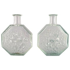 Nanny Still, Riihimäen Lasi, A Pair of Finnish Stella Polaris Glass Art Vases