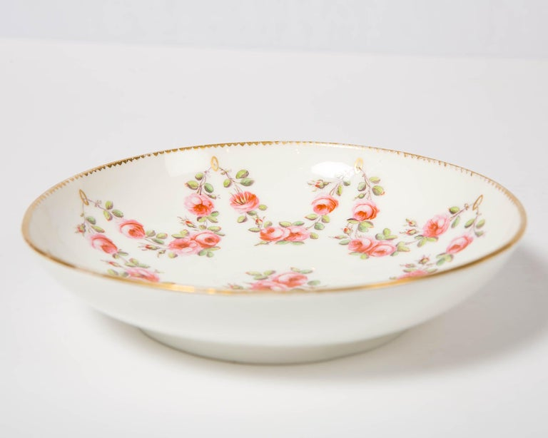 Nantgarw Porcelain Breakfast Cup and Saucer with Pink Roses Wales, 1813-1822 For Sale 10