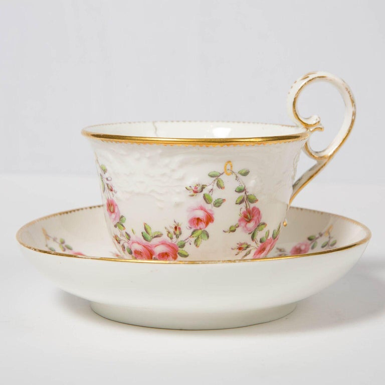 Hand-Painted Nantgarw Porcelain Breakfast Cup and Saucer with Pink Roses Wales, 1813-1822 For Sale