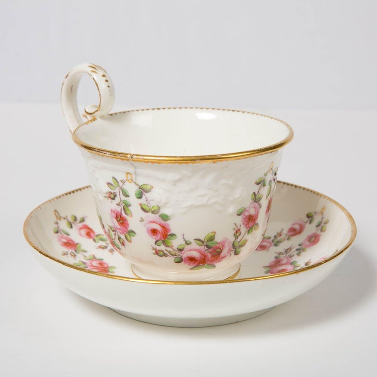 Nantgarw Porcelain Breakfast Cup and Saucer with Pink Roses Wales, 1813-1822 In Good Condition For Sale In Katonah, NY