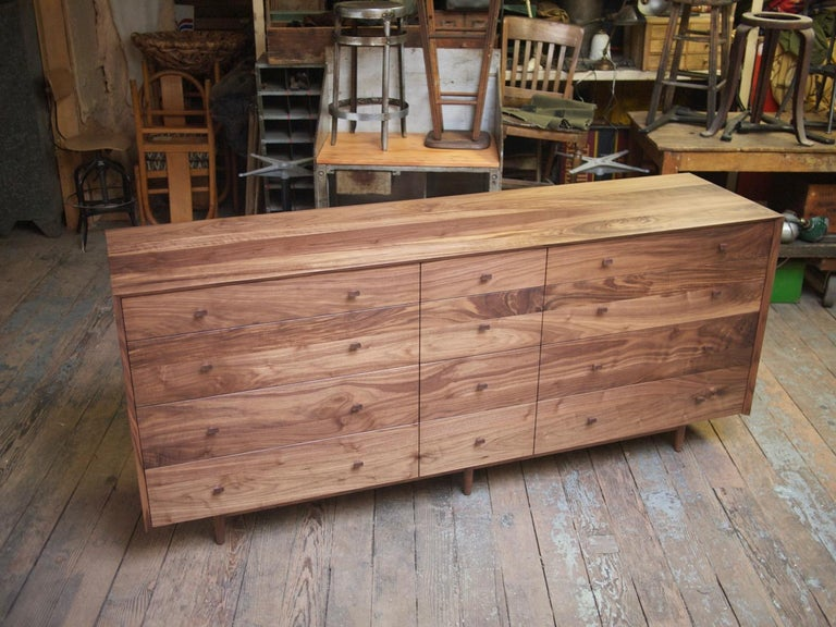 Contemporary Naomi Bureau, Modern Walnut Chest of Drawers with Turned Legs and Shaped Pulls For Sale
