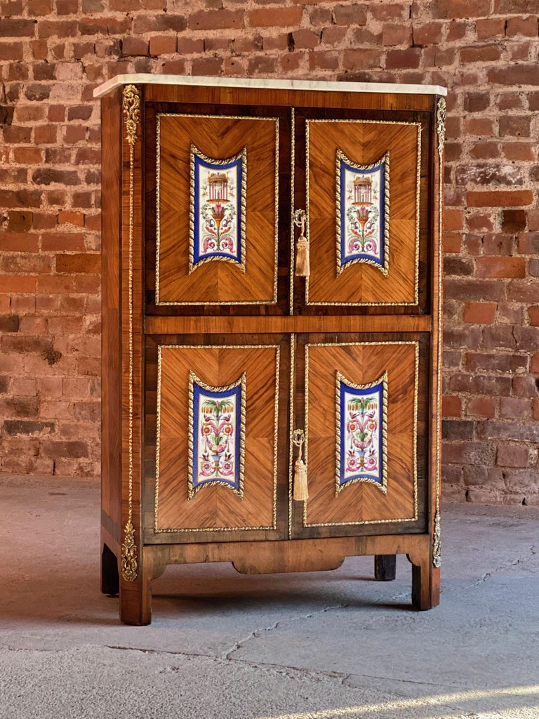 Napoleon III French Cabinet Escritoire Kingwood and Rosewood, France, 1890 For Sale 5