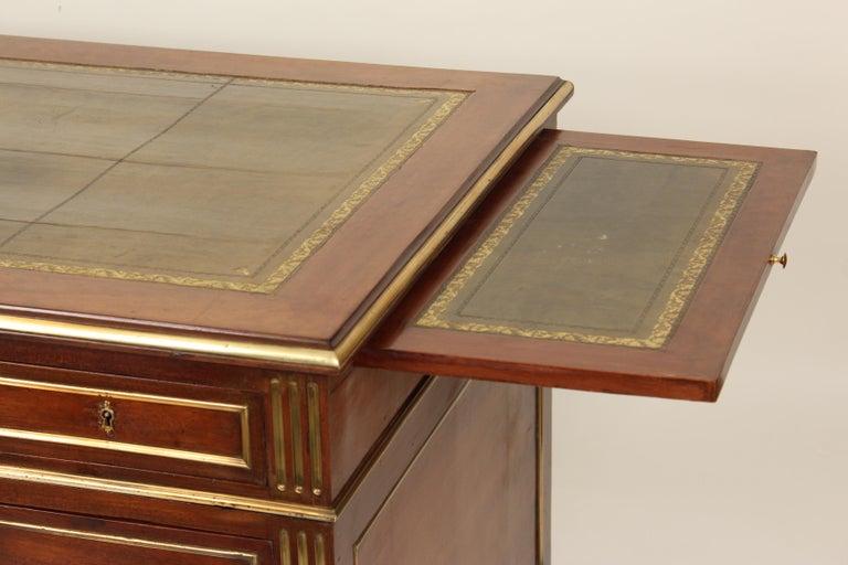 Napoleon III Style Mahogany Double Pedestal Desk In Good Condition For Sale In Laguna Beach, CA